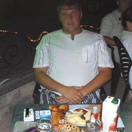 Виталий, 34 года, Новодружеск