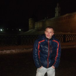 леонид, 26 лет, Луга