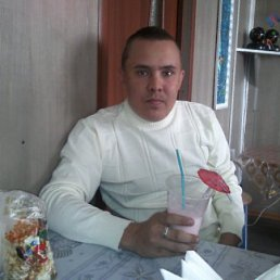 виталя, 33 года, Магистральный