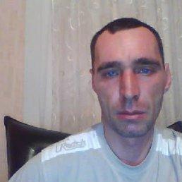 дмитрий, 46 лет, Болгар
