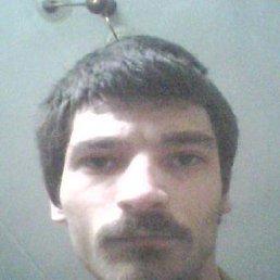 Игорь, 36 лет, Ягодное