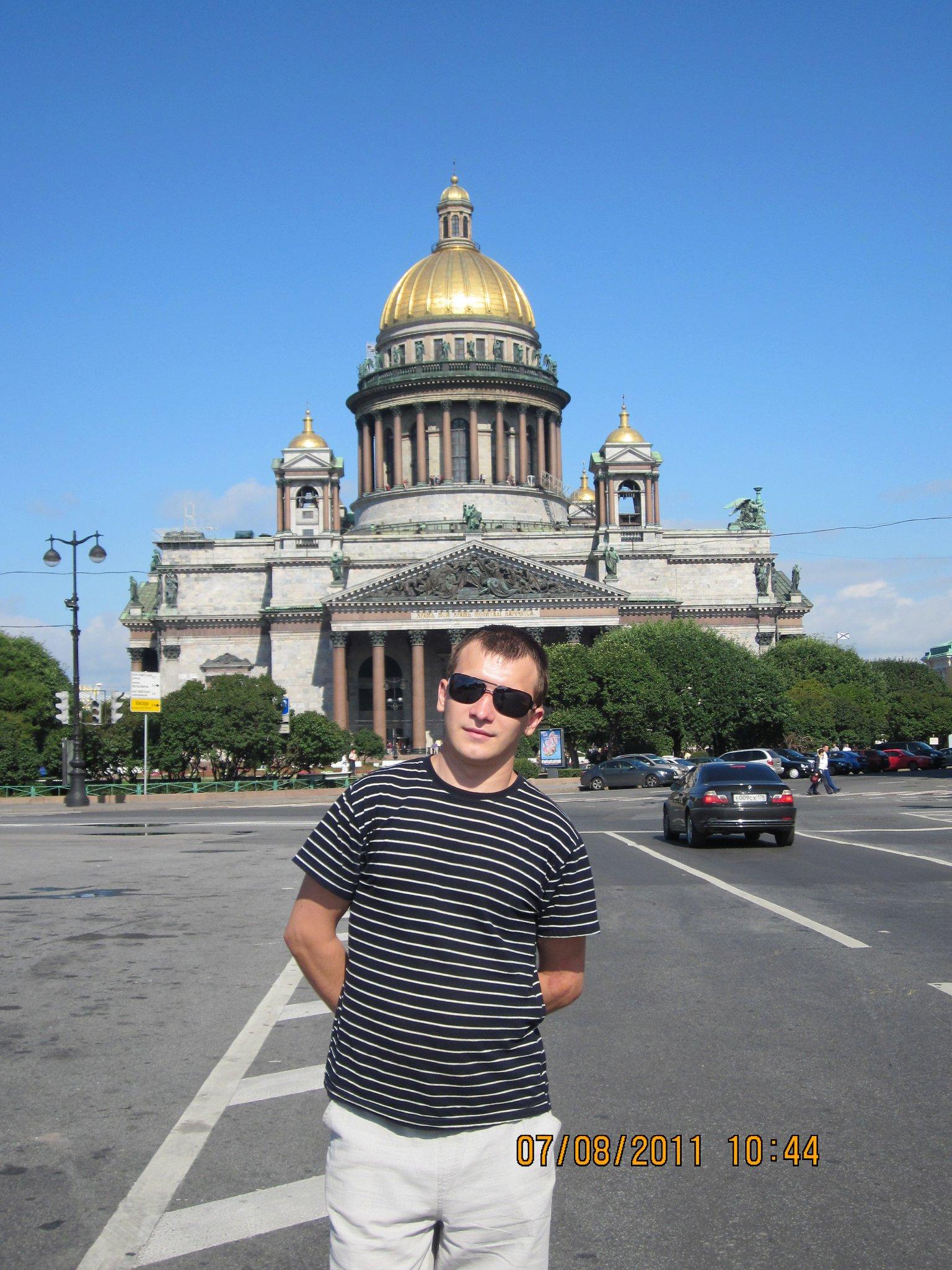 Певцы российской эстрады имена фото мужчины муниципальном