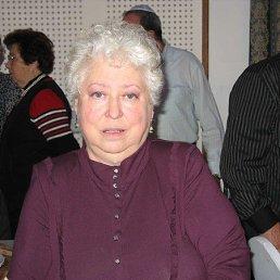 Елизавета, Скрытенбург, 77 лет