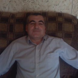 Артур, 45 лет, Татищево