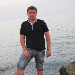 Илюха, 31 год, Углегорск