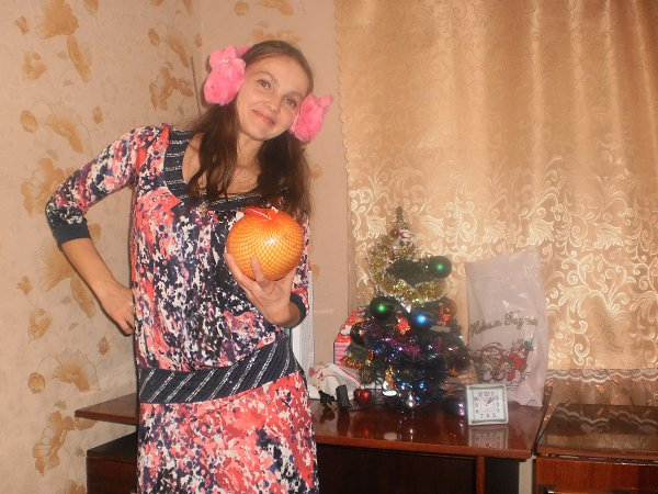 Фото подарка на Новый год: Мне сестричка подарила платье! - ЕЛЕНА Счастливцева, Феодосия