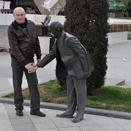 Владимир, 60 лет, Петровское