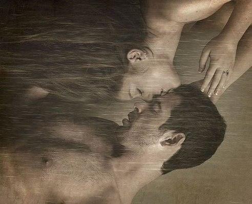 Можно соблазнить мужчину, у которого есть жена. Можно соблазнить мужчину, у которого есть любовница, ...
