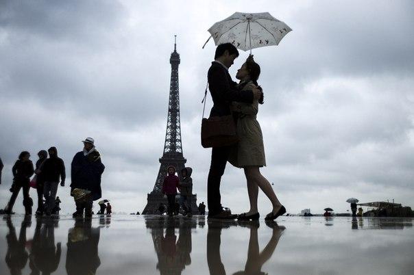 Подписывайтесь на нас: http://fotostrana.ru/public/233467 ;-) Романтика Парижа...