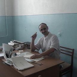 миша, 52 года, Магистральный