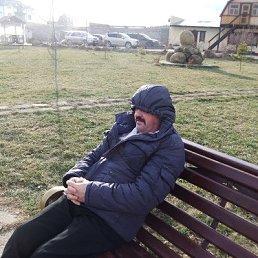 виталий, 56 лет, Усть-Донецкий