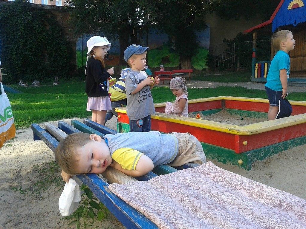 Смешные картинки о детском саду, поминальные
