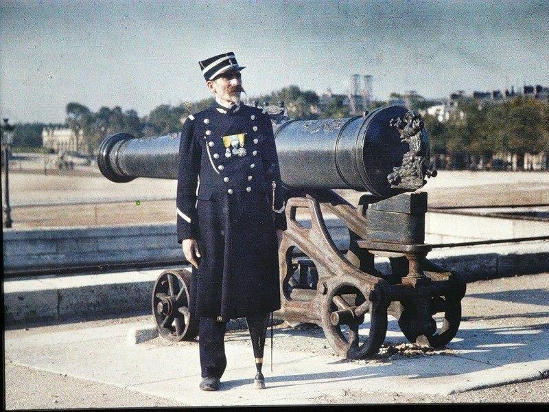 Цветные фотографии Парижа 1914 года. Париж — город огней. Он был любим по многим причинам на ... - 9