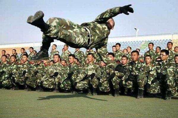 Полет Валькирии в исполнении рядового Цоя. http://vk.com/war_crisis#ii1