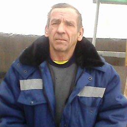 юрий, 64 года, Зуевка