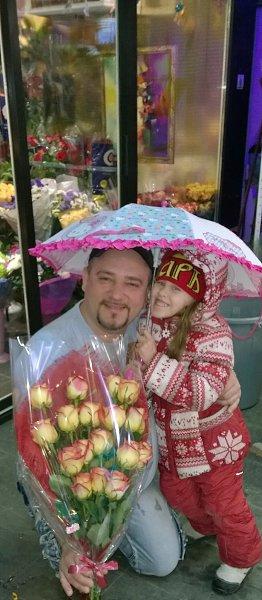 Фото: SERGIO, 46 лет, Пангоды в конкурсе «Осень под зонтом»