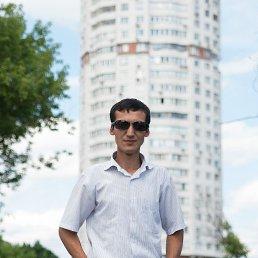 Хабибулло, 30 лет, Чехов-5