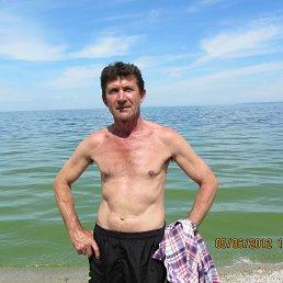 Игорь, 61 год, Днепрорудное