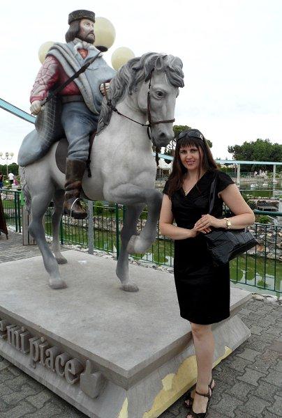 Фото: ***Радость S. R***, Элиста в конкурсе «Памятник Человеку»