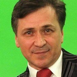 Михаил Михайлов, Москва