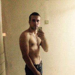 Антон, 25 лет, Владимир
