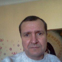 Игорь, 53 года, Снежное