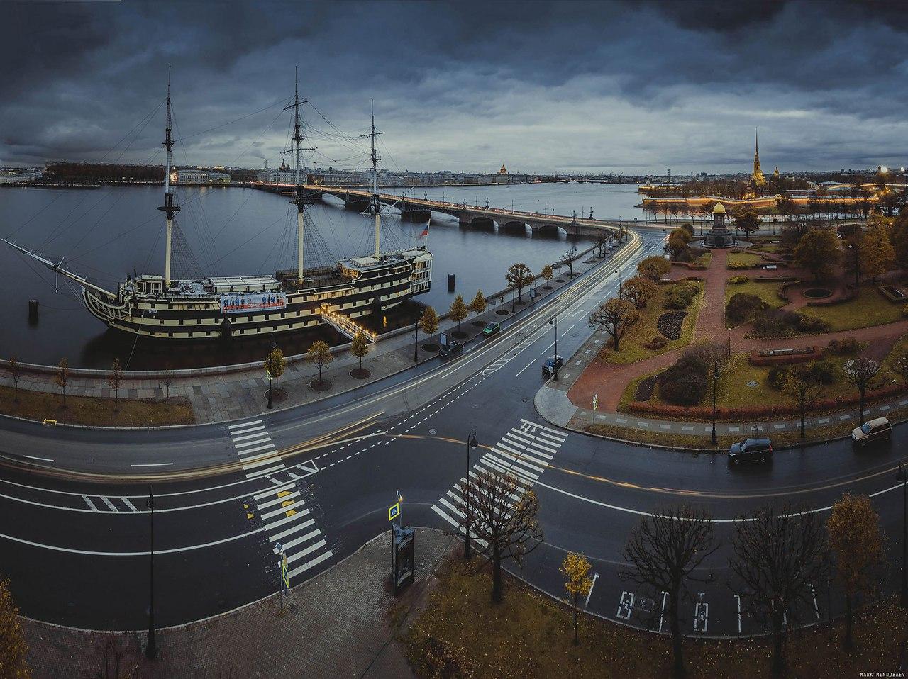 Город на неве фотография