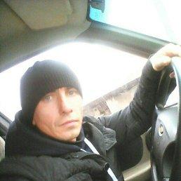 Игорь, 23 года, Архангельское