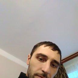 Арман, 33 года, Починок