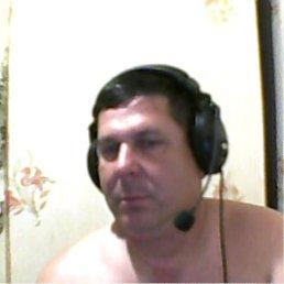 Олег, 51 год, Калининск