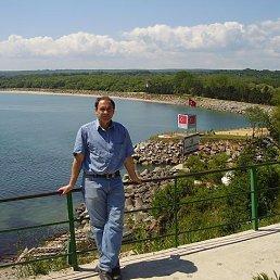 Ludmil, Бургас, 66 лет
