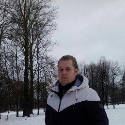юрий, 32 года, Гусев