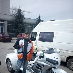 Иван, Севастополь, 42 года