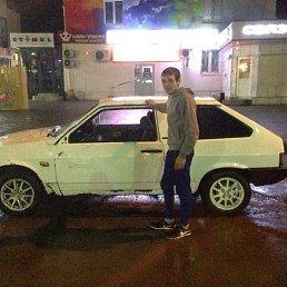 валера, 22 года, Волжский