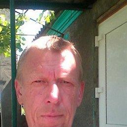 Андрей, 54 года, Варениковская