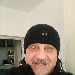 Evgenii, Бургас, 72 года