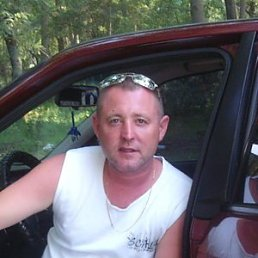 Виктор, 47 лет, Каховка