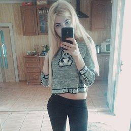 Віка, 25 лет, Тячев