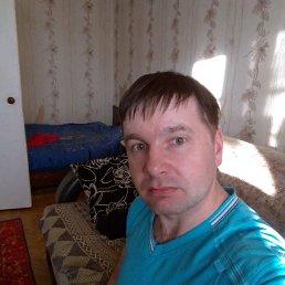 Реунов, 27 лет, Урень