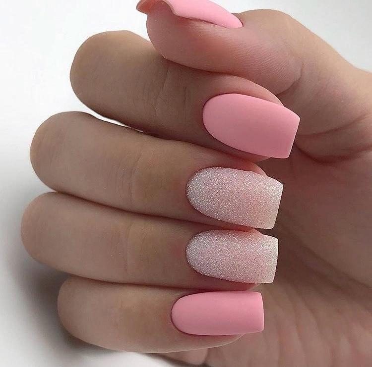 розовые матовые ногти фото этой популярности