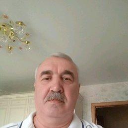 Валентин, 61 год, Щелково
