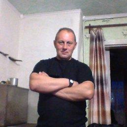 Дмитрий, 47 лет, Орловский
