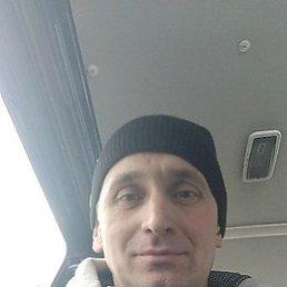 Юрий, 48 лет, Тростянец