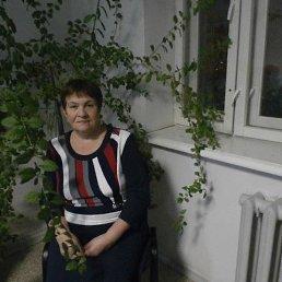 Любовь, 63 года, Пугачев