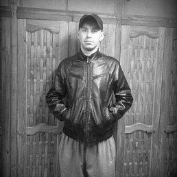 Evgeniy, 34 года, Иркутск-45