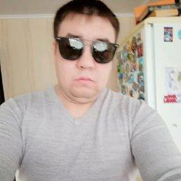 Артур, 34 года, Межозерный