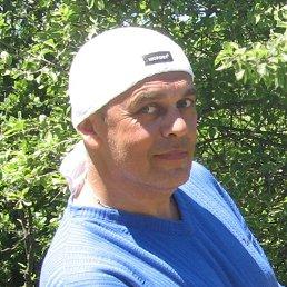 Олег, 54 года, Перечин