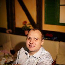 Игорь, 29 лет, Новомосковск