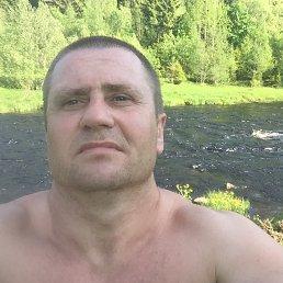 Александр, 40 лет, Медвежьегорск