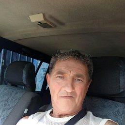 Михаил, 56 лет, Икша